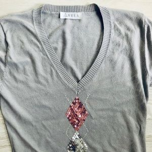 Vela Sweaters - Vela V-Neck Sequined Argyle Print Cardigan Sweater